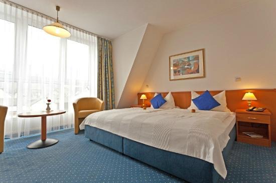 Hotel am Weissen Turm: Zimmer