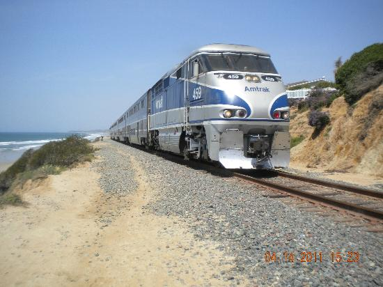 Del Mar City Beach: train comes right past you as you walk the path