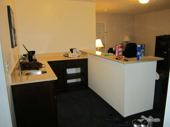 Best Western Corvallis : mini kitchen area