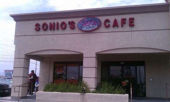 Sonio's Cafe : Exterior