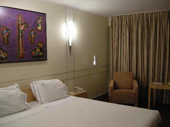 VIP Executive Villa Rica Hotel : Stanza
