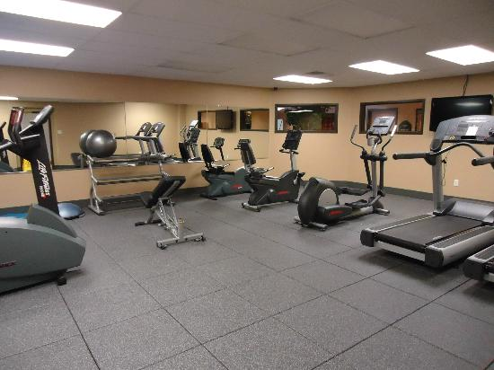 Wingate by Wyndham Little Rock: Exercise Room