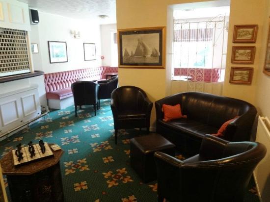The Fernbank: Lounge