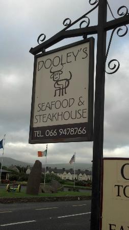 Dooleys Seafood & Steak House
