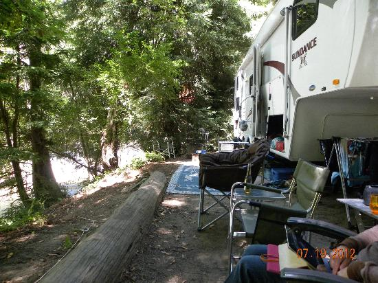 Big Sur Campground & Cabins: Camp 2