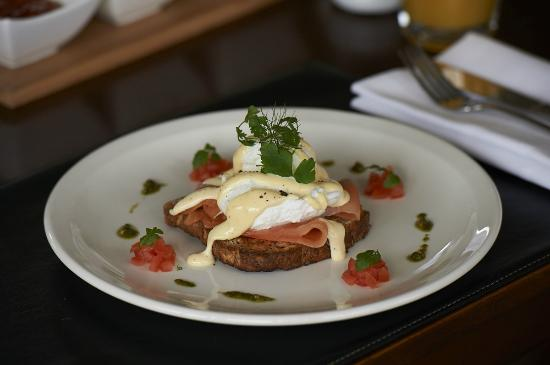 The Dairy Private Hotel: Breakfast - Salmon Eggs Benedict
