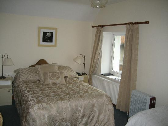 Cawleys Guest House: Room 7