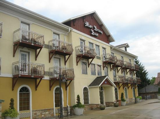 front of hotel picture of the marv herzog hotel. Black Bedroom Furniture Sets. Home Design Ideas