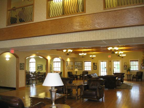 The Marv Herzog Hotel: Lobby