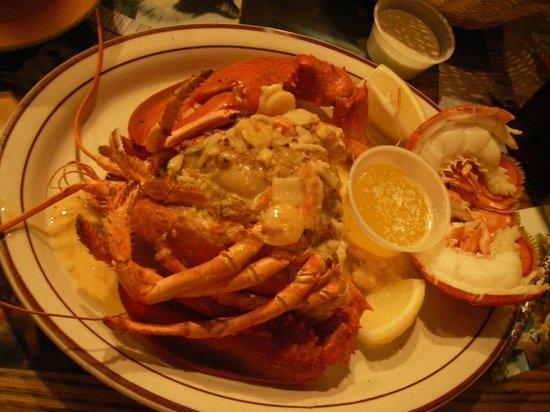 Doyle's Restaurant: Stuffed Lobster