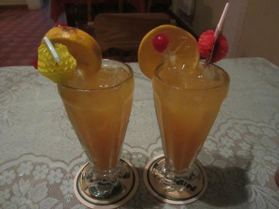 Yugadah's Inn and Cafe : Rum Punch
