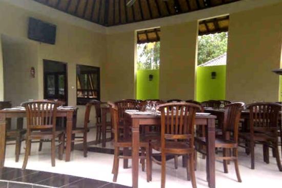 Pondok Arsa Santhi Bungalow Lembongan: Karma restaurant1