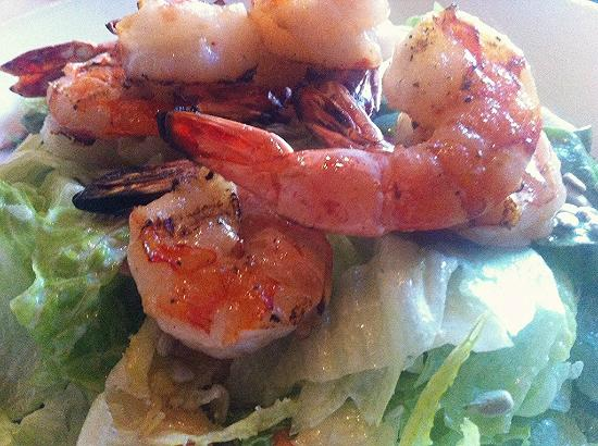 Legal Sea Foods : Salad with Grilled Shrimp