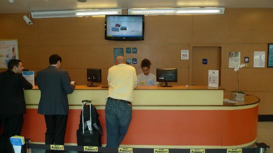 Hotel ibis budget Rio de Janeiro Centro: Front desk