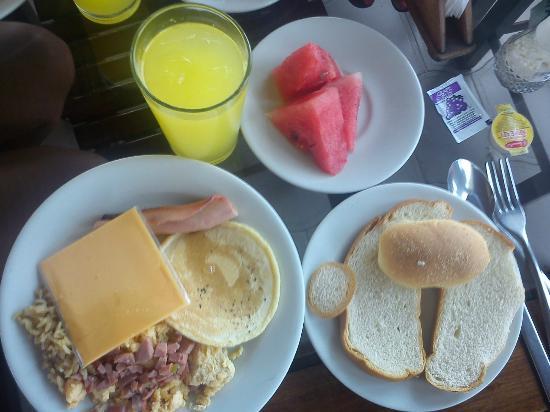 أوتيل بورتوفينو: comida 