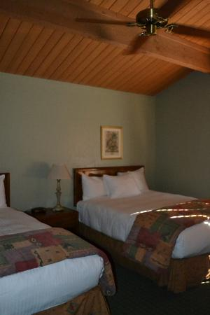 Junipine Resort: second bedroom