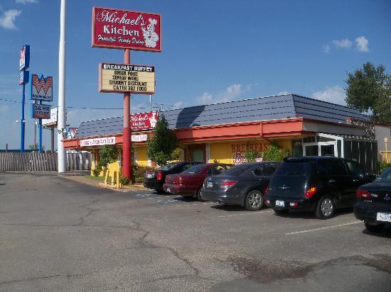 michaels kitchen denton menu prices restaurant reviews tripadvisor. Black Bedroom Furniture Sets. Home Design Ideas