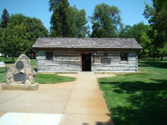 A Nice Picture Of The Pony Express Station In Gothenburg Ne