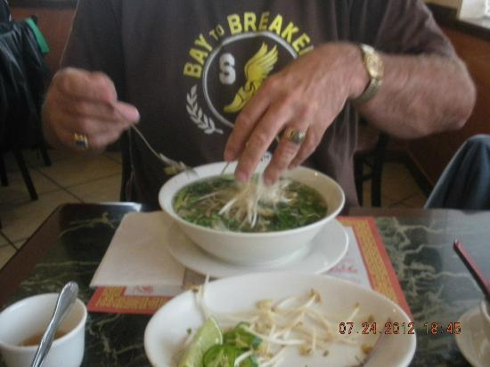 Viet Hoa Restaurant: Pho shot 2 Add Stuff