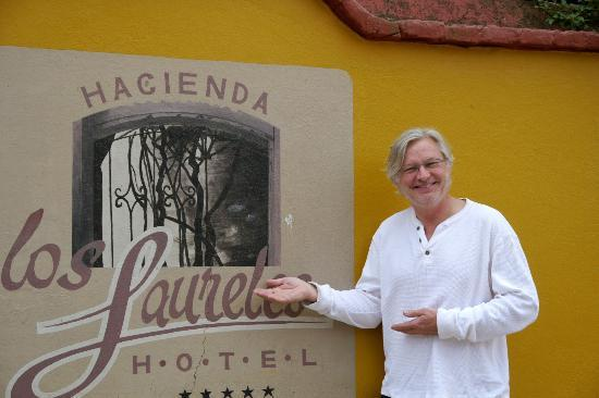 Hacienda Los Laureles-Spa: Outside of the hotel