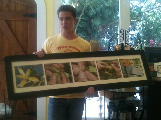 Hawaiian Vanilla Company: Ian explaining the pollination process