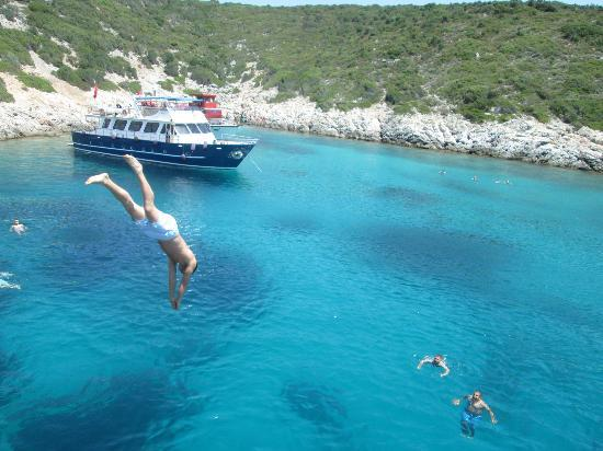 Medhills Travel Day Tours: Blue Island, Cesme, Izmir, Turkey