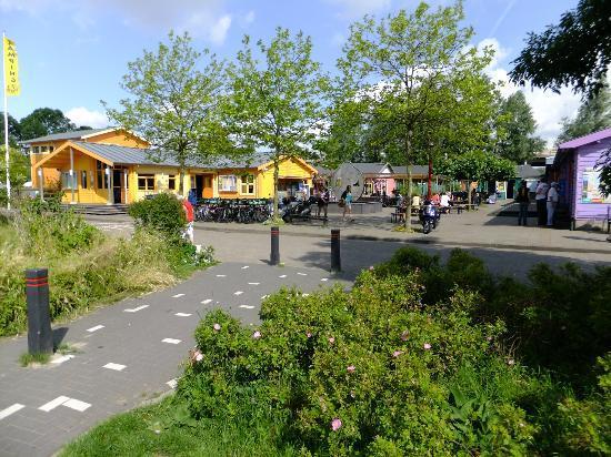 Camping Zeeburg admin shop restaurant