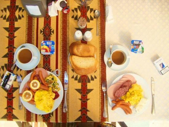 Arthurs Aghveran Resort: Positive breakfast