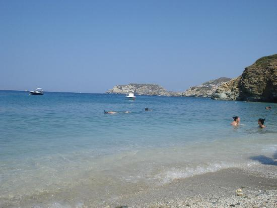 Blue Bay Resort Hotel: Plage de Agia Pelagia