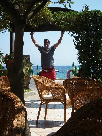Villa Rodriguez Hotel: Bar mit Sicht auf Strand