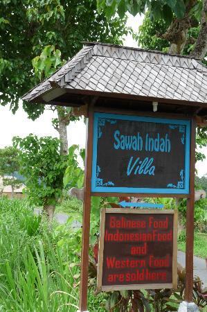 Sawah Indah Villa: Entrance