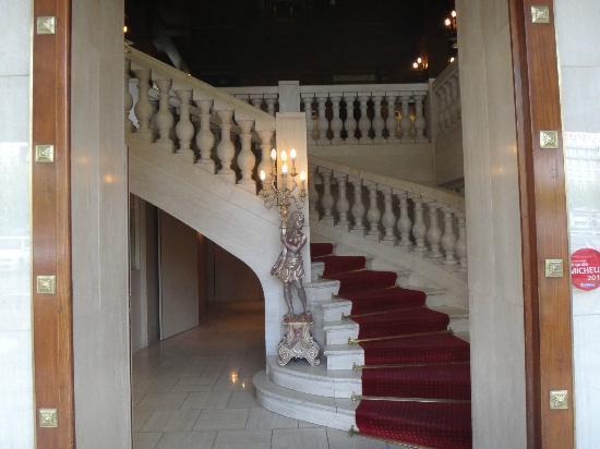 Hotel d'Espagne : Escalier d'entrée