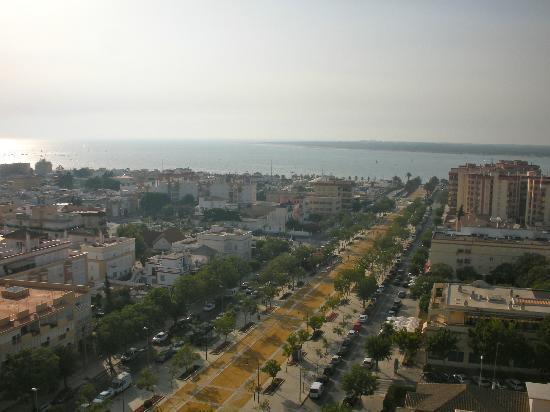 Hotel Guadalquivir: View from roof bar