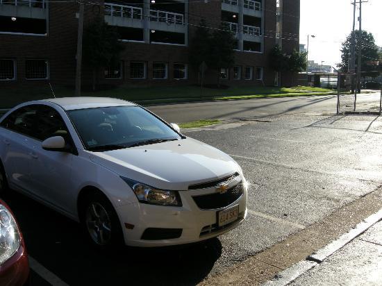 Rodeway Inn Memphis: Parcheggio
