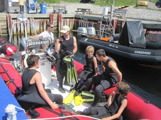 Plongee Forillon: le départ au quai