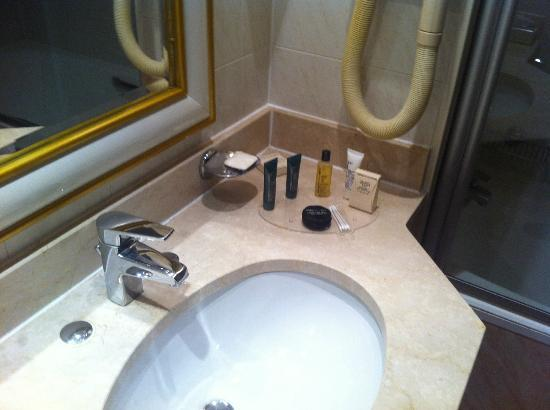 hilton alger la salle de bain - Les Photos De Salle De Bain En Algerie