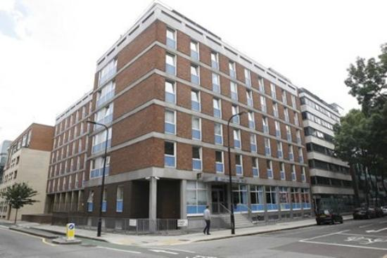 LSE Carr-Saunders Hall