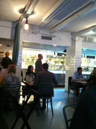 restaurant B.A.R. : Yumm!