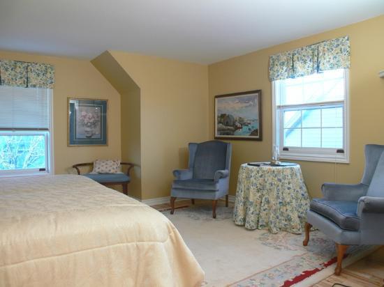 Silken Dreams Bed and Breakfast : Ocean bedroom