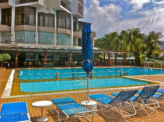 Nice swimming pool picture of copthorne orchid hotel penang tanjung bungah tripadvisor for Nice hotels with swimming pool