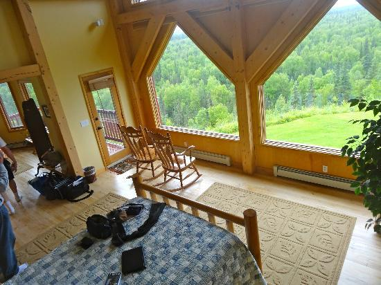 Denali Overlook Inn: room with view