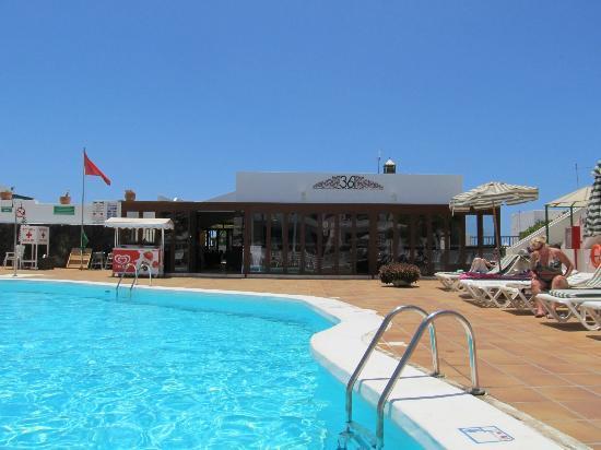 Club Las Calas: 361 and pool area