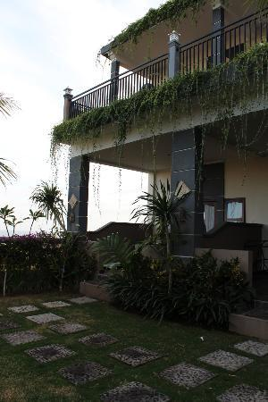 Balangan Sea View Bungalow: We stayed on the ground floor