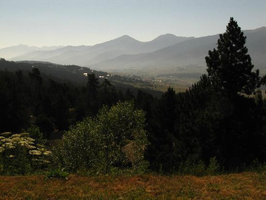 La Cerdagniere : vue sur les Pyrénées