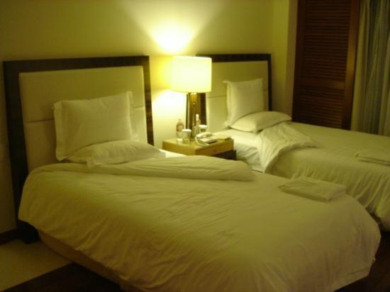 The Atta Terrace Club Towers: 部屋のベッド
