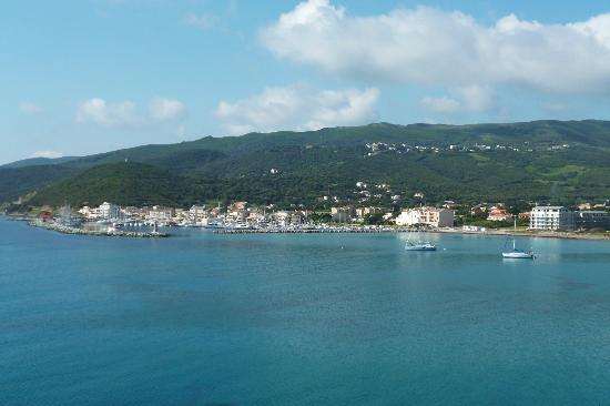 Hotel U Ricordu: Hafen von Macinaggio
