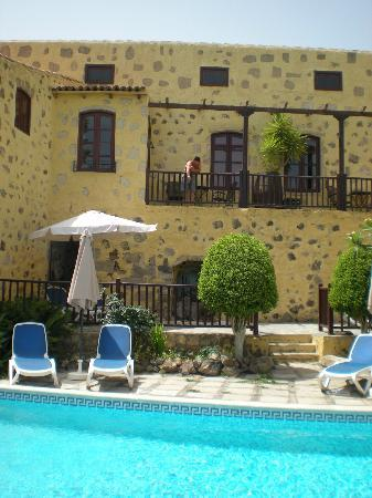 Tenerife Self Catering - La Bodega: Hibiscus cottage