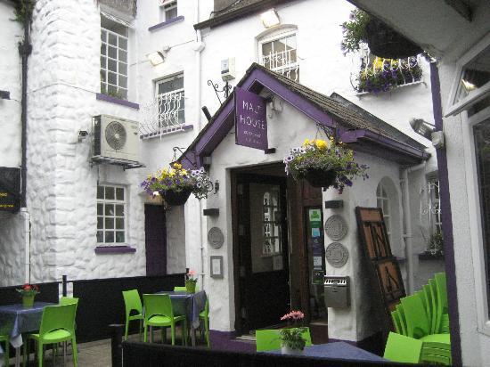 The Malt House Restaurant: The Entrance.