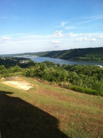 Clifty Inn: View of Madison and the Ohio river from our room