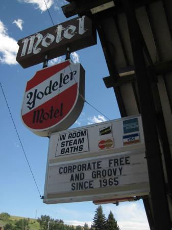 Yodeler Motel: Truthful Sign